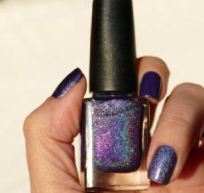 Ultra Violet nailpolish inspo