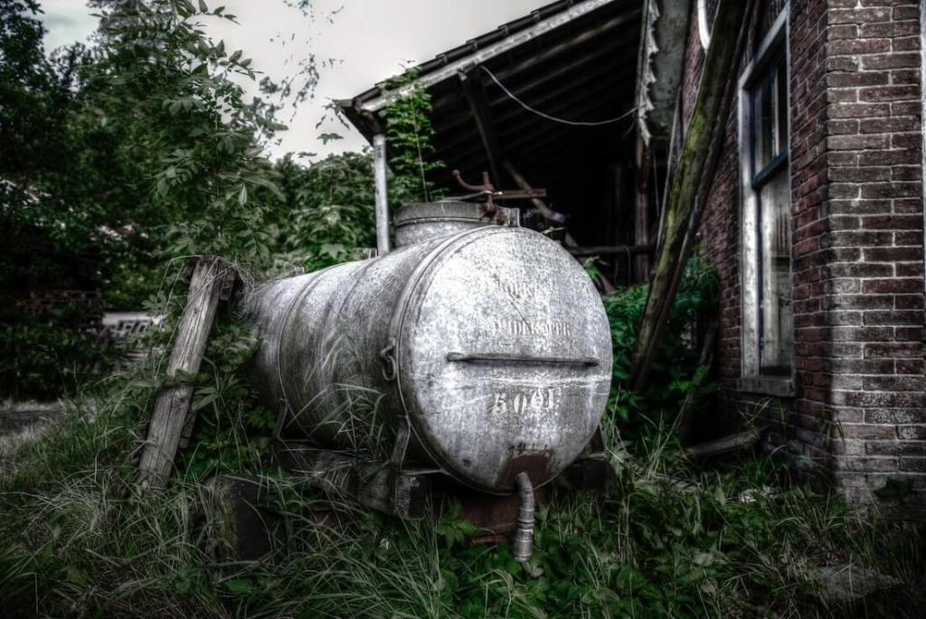 water tank maintenance