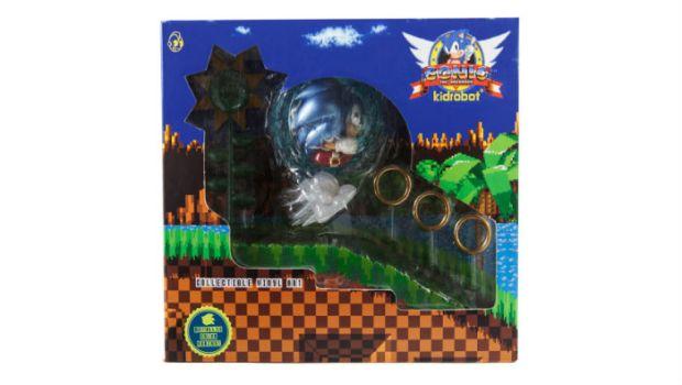 This Sweet Sonic the Hedgehog Medium Figure