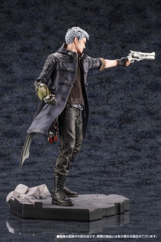 Devil May Cry 5 Figures (11)