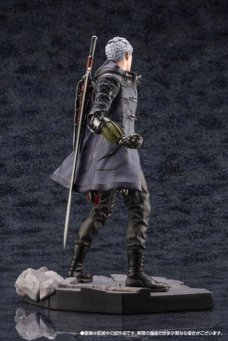 Devil May Cry 5 Figures (12)