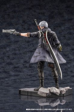 Devil May Cry 5 Figures (14)
