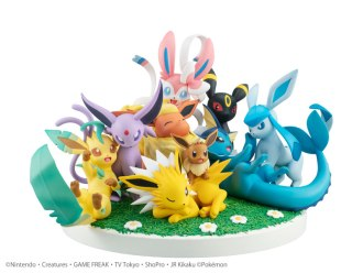 Evee Friends Figure