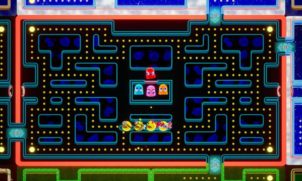 Pac-Man Becomes 64-Player Battle Royale Game on Stadia