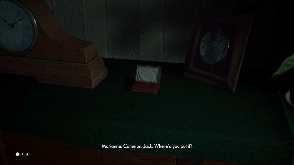 jack's tie pin location