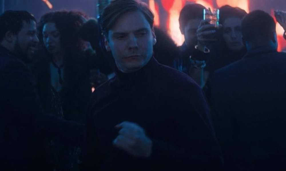 Marvel Released the Zemo Extended Dance Scene, And It's Glorious