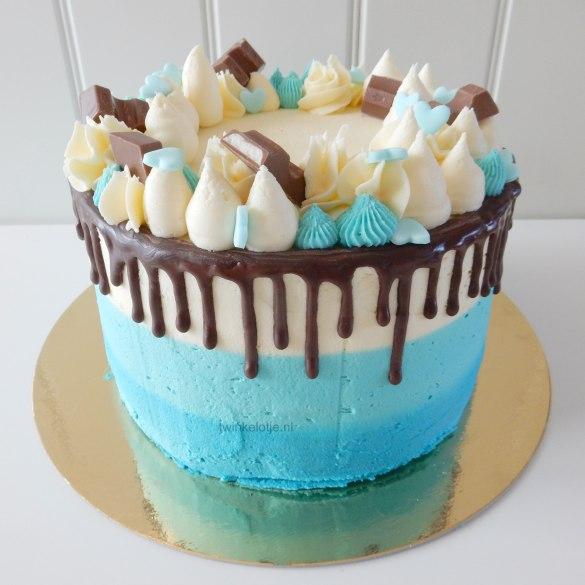 Dripcake lichtblauw