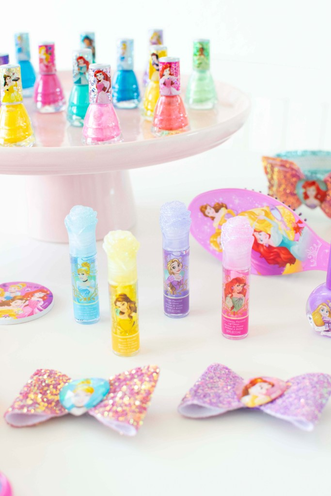 Disney Princess Party Favors + Free Printable Tags