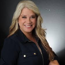 Laura Andrade