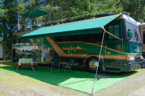 Scully's Coach-awnings