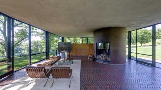 The Glass House, Philip Johnson (1949). Source: inexhibit.com