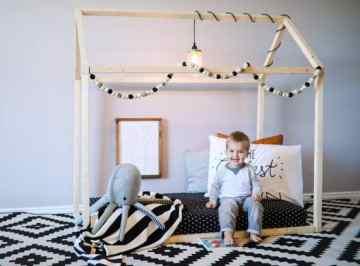 montessori kids room house bed 01