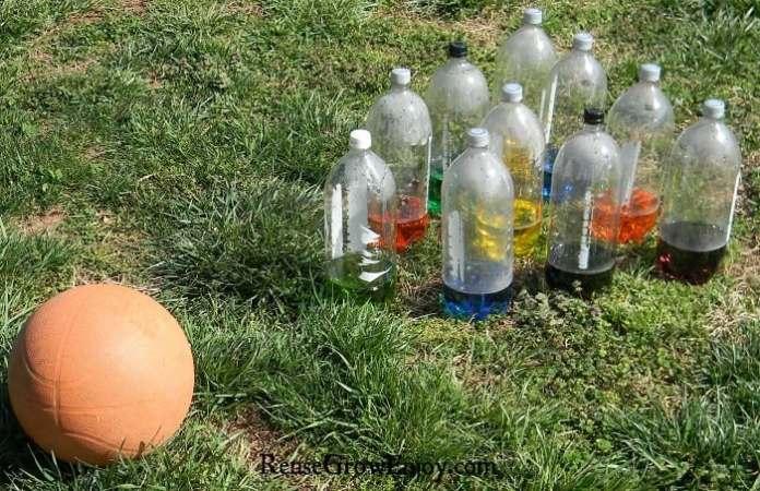 Kids-Outside-Activity-Plastic-Bottle-Bowling-Set