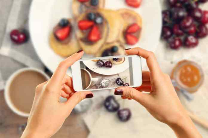 How to Start a Successful Mom Blog Food Photography