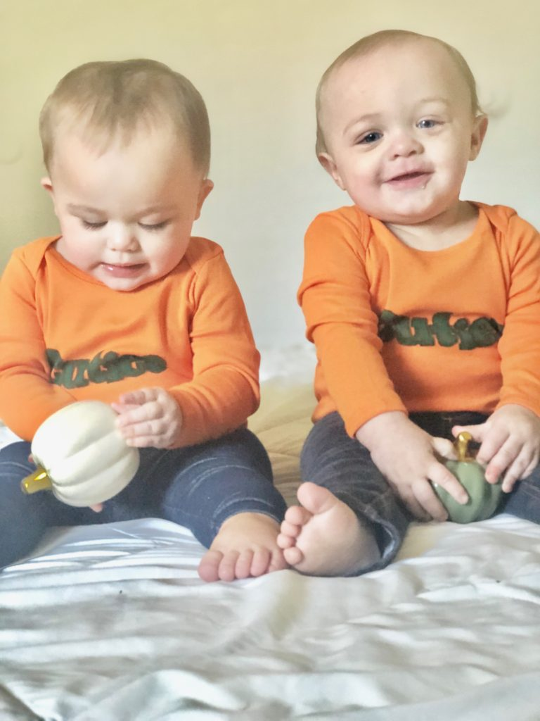 Cheap and easy no spend DIY halloween costumes for twins, siblings and families