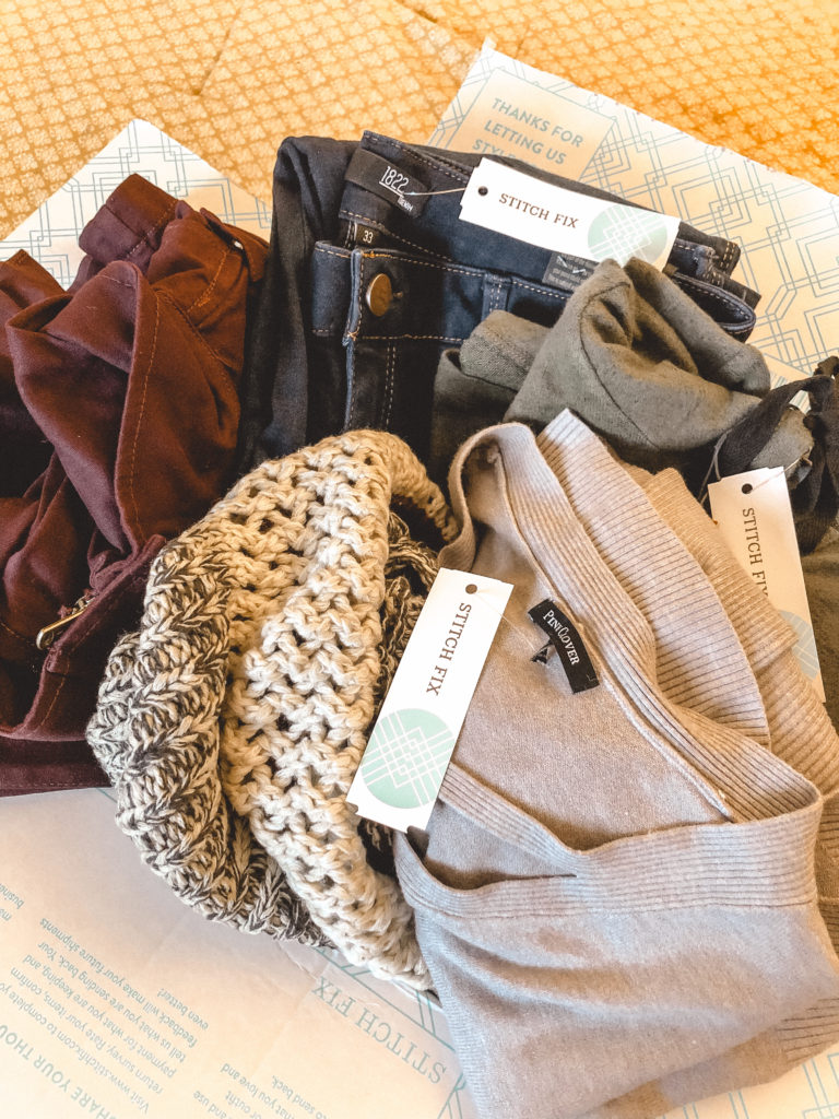 What to expect from your first stitch fix winter 2018. Best mom hack for easy stylish clothing for stay at home moms