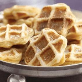 Warm Apple Pie Waffles