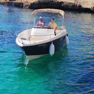 Alquilar lancha en ciutadella de Menorca con licencia