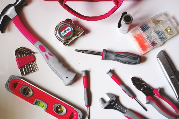 DIYVA Tool Kit in Pink