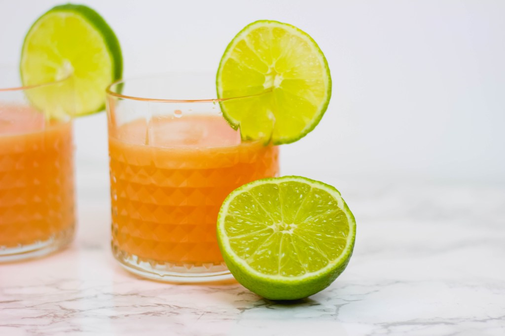 Skinny Paloma Recipe. Click through for entire recipe & instructions!
