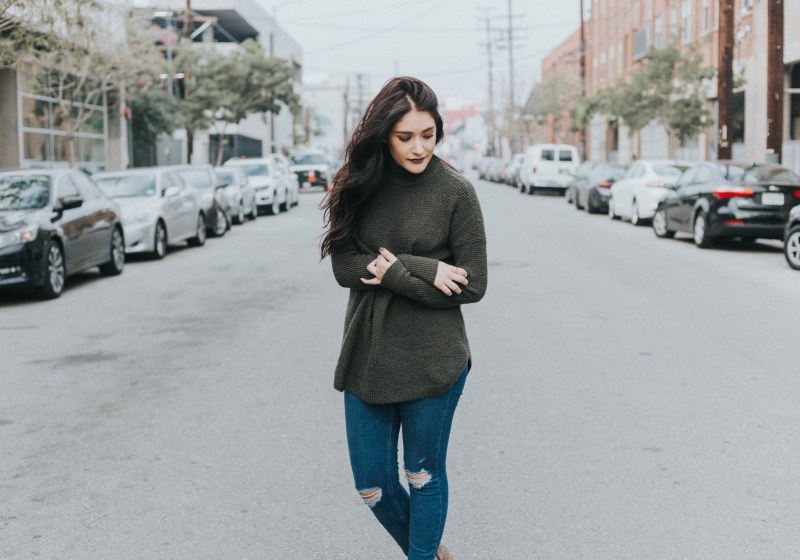 Green Sweater On Repeat | Twinspiration
