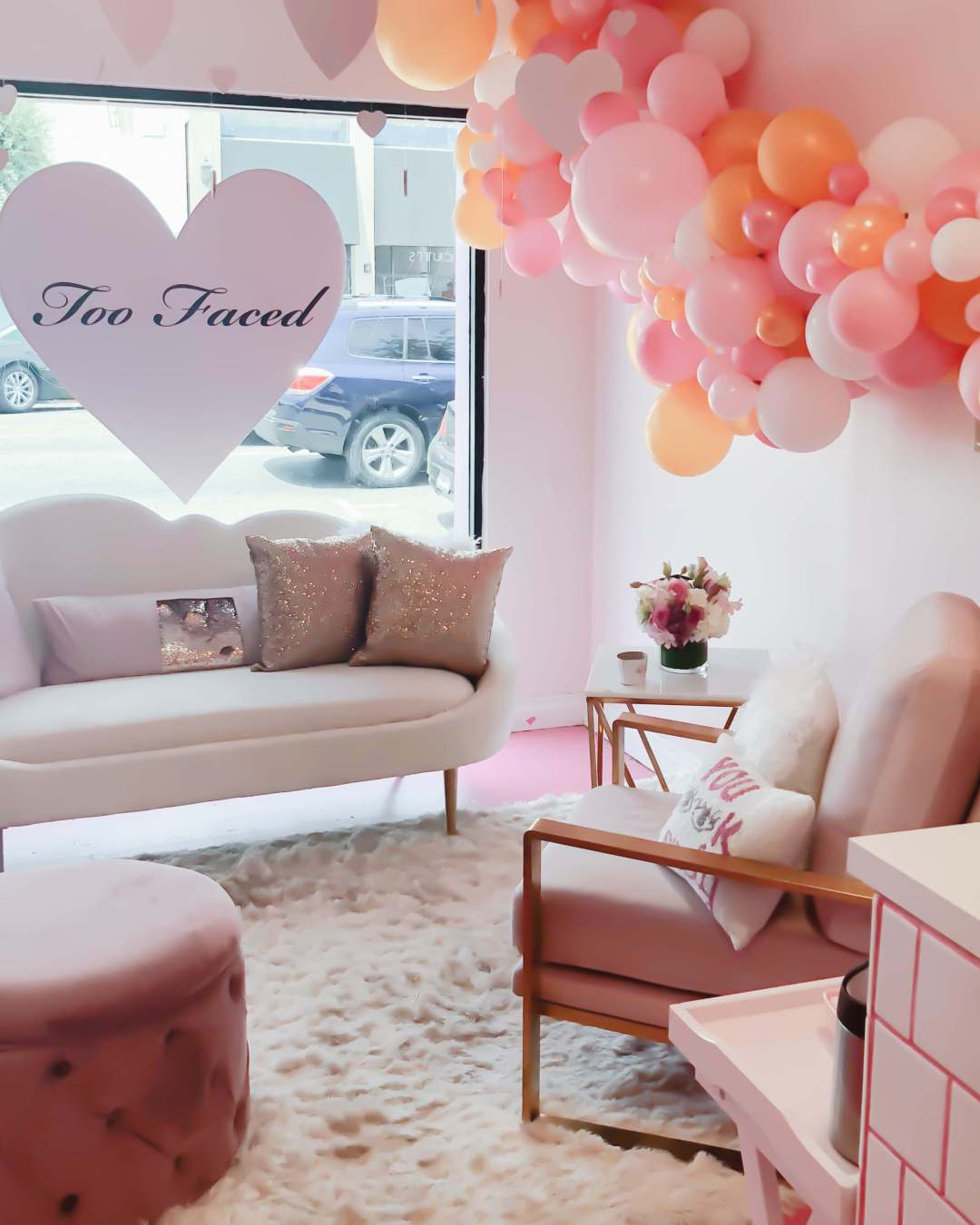 Too Faced Pop-Up | Twinspiration