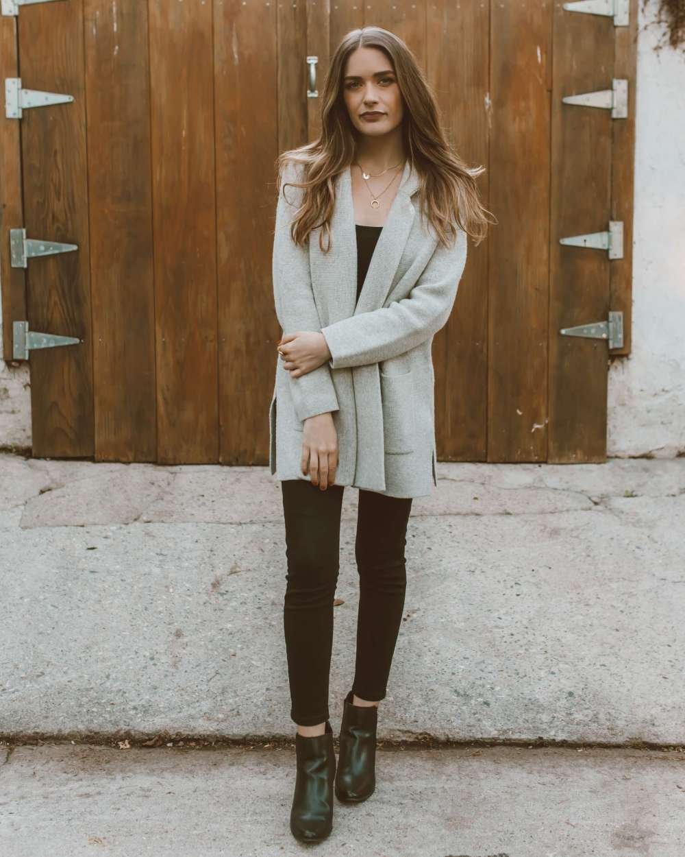 One Piece, Two Ways: Gray Sweater Jacket | Twinspiration