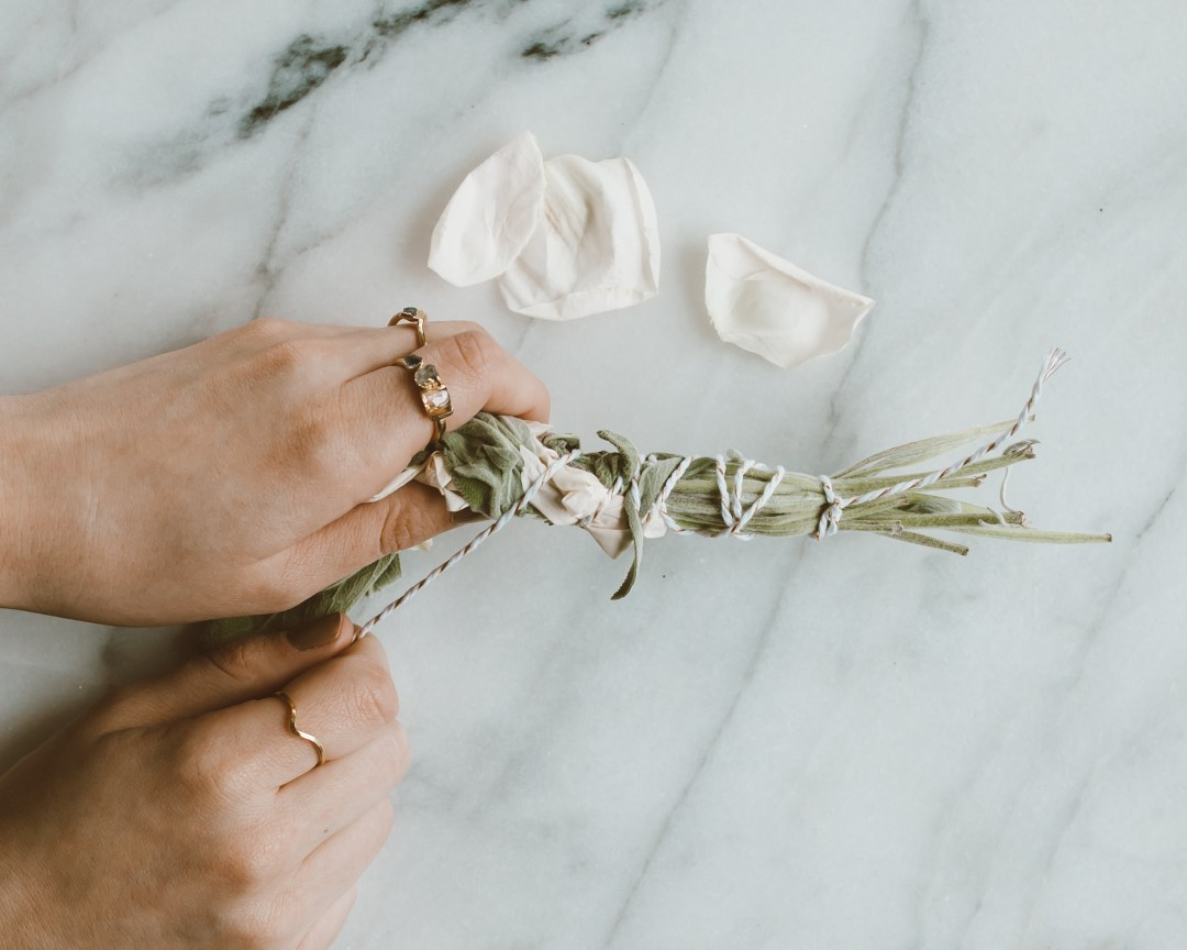 DIY Smudge Stick | Twinspiration