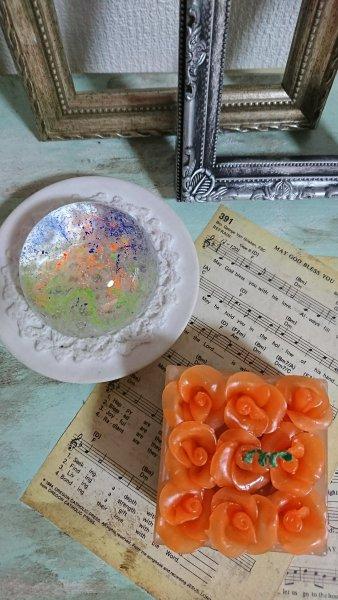 蝋で作る薔薇のキャンドル