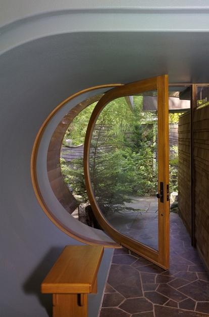 rounded-curved-door-entrance-design