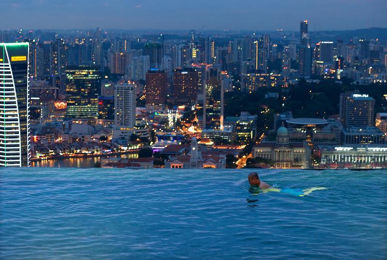 La piscina del hotel Marina Bay Sands (Singapur)