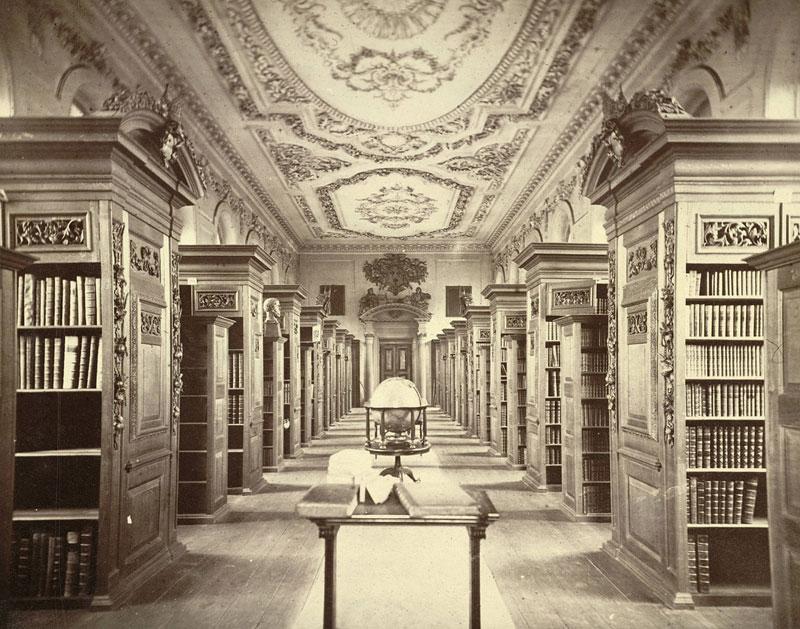 Cambridge-King's-College-Library-(Interior)