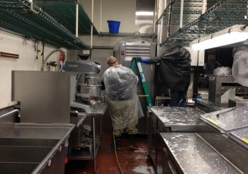 Fast Food Restaurant Kitchen Heavy Duty Deep Cleaning Service in Carrollton TX 12 d7ac42ae7285171e7a5bc2d0fe694aed 350x245 100 crop Fast Food Restaurant Kitchen Heavy Duty Deep Cleaning Service in Carrollton, TX