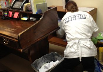 Grooming School in Arlington TX 08 a8beff4bdb23c41f1d2418109ab50c4e 350x245 100 crop Grooming School   Janitorial Cleanup in Arlington, TX