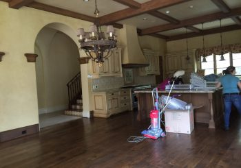Large Mansion in Dallas TX Move out Deep Clean Up 013 237597b0aa4f0c2aa3c4190897ea2506 350x245 100 crop Large Mansion in Dallas TX Move out Deep Clean Up