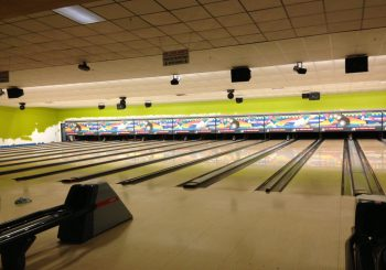 Post construction Cleaning Service at Sports Gril and Bowling Alley in Greenville Texas 39 43a700a443da1ebb39ac65c6787275cf 350x245 100 crop Restaurant & Bowling Alley Post Construction Cleaning Service in Greenville, TX