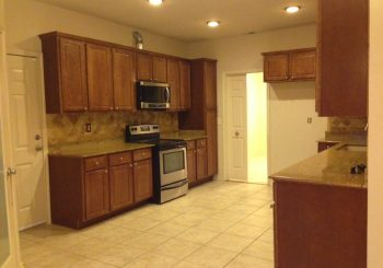 Real Estate Agents Make Ready Cleanup for Ebby Holiday in Garland 06 ff566e1f89a158d7d6e4a18552b716c2 350x245 100 crop Real Estate Agents   Make Ready Cleanup for Ebby Holiday in Garland