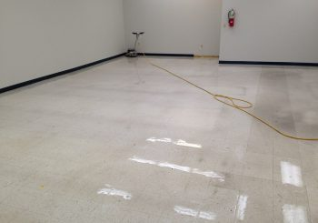 Strip and Wax Floors at a Large Warehouse in Irving TX 03 1c475d35d3402ebe51b99b34d784567a 350x245 100 crop Strip and Wax Floors at a Large Warehouse in Irving, TX