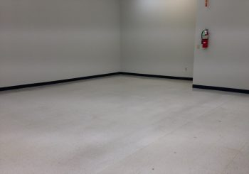 Strip and Wax Floors at a Large Warehouse in Irving TX 39 de9ded3feb4dcc25d789bc043ef936c8 350x245 100 crop Strip and Wax Floors at a Large Warehouse in Irving, TX