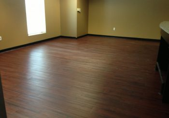 Waxing and Polishing Floors in Irving Texas 07 858106af67dbf696fd4586552d8c9376 350x245 100 crop Waxing Floors in Irving, TX