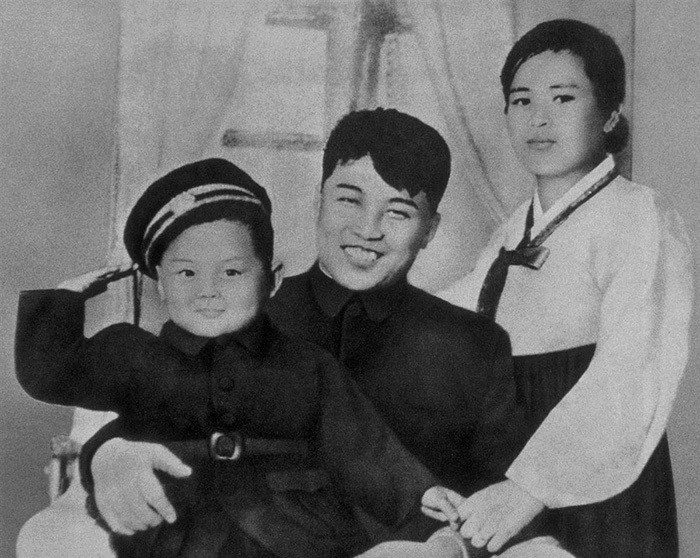 Kim Jong-il With His Father, Kim Il-sung, And His Mother, Kim Jong-suk In 1945