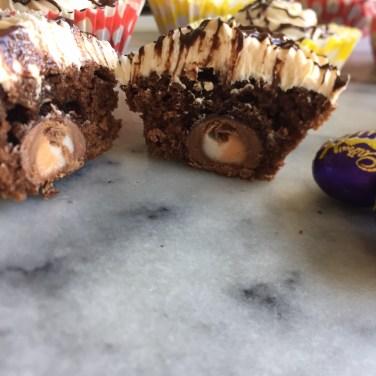 creme egg cupcakes02