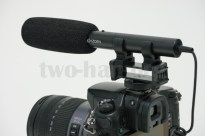 DMC-GH3とAZDEN・SMX-10。ウレタン風防はローカットスイッチの手前までカバー!