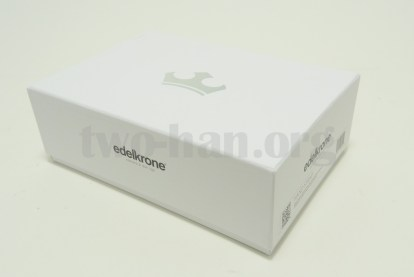「edelkrone・Modula 3」の「Hand Strap」は別箱