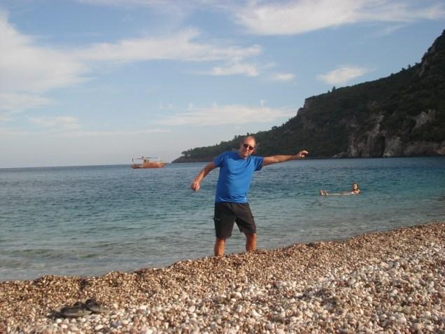 Praia de Olympos - quanta pedra. Mas bonita.