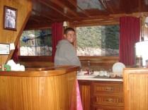 Volkan, nosso cozinheiro e ajudante do capitão.