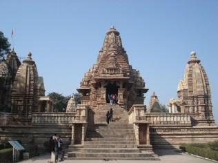 Único templo do conjunto que mantém os 4 santuários (nos quatro cantos) originais