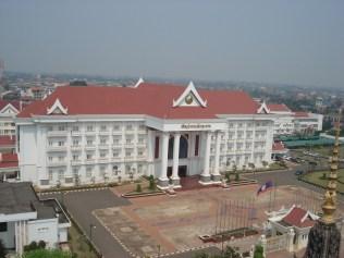 Vista do alto do Patuxai - Ministério da Justiça