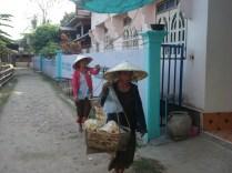 Vendedoras de legumes e comida