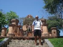 Po Nagar Cham Towers – Cham foi uma dinastia no Vietnã e esse é um site Cham dos mais importantes.